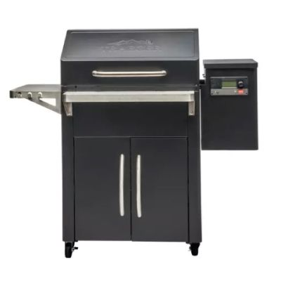 Traeger Limted Edition Silverton 620