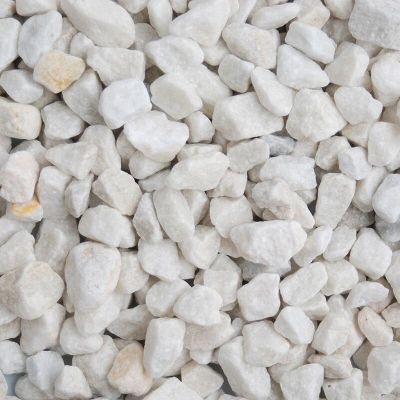 Meadow View Arctic White Chippings 20mm